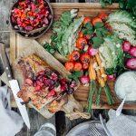 pork tomahawk ja kirsikkasalsa