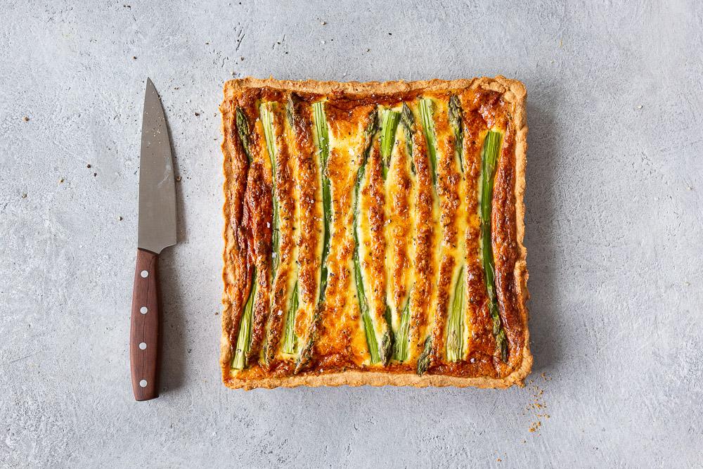 Kevään herkullisin parsa-juustopiirakka